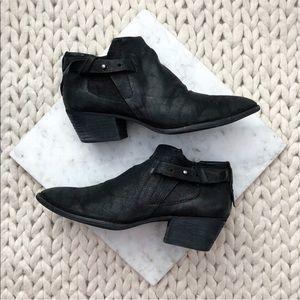 Dolce Vita Black Zipper Edgy Moto Ankle Boots